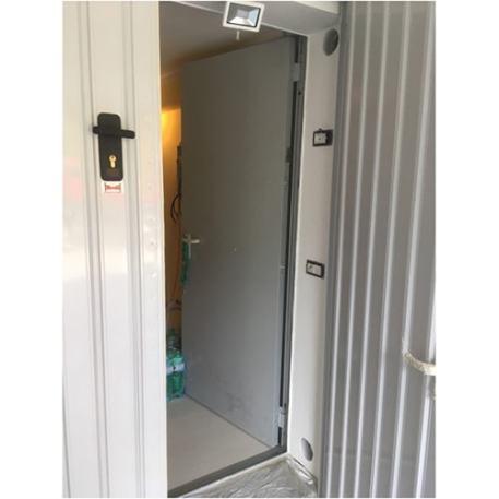 doppia porta.jpg