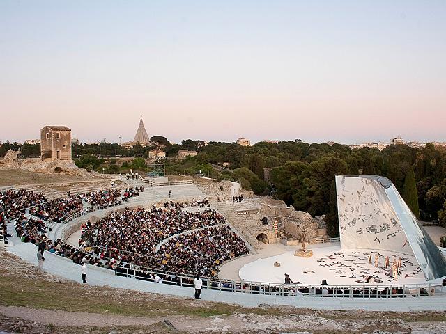 siracusa_teatro_greco_600.jpg