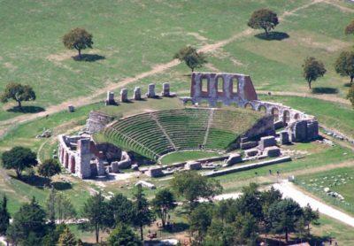 Teatro-romano-Gubbio-e1485284785932.jpg